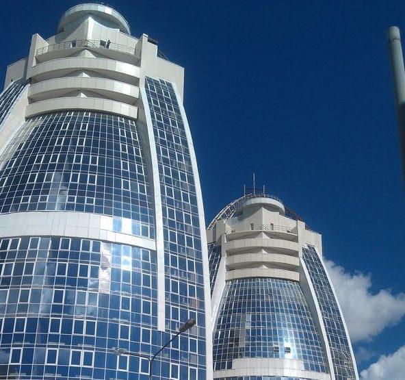 14 4 e1616482933342 - В компании «Стеклотон» стеклянные лестницы цена которых отличается демократичностью, представлены в различных вариантах