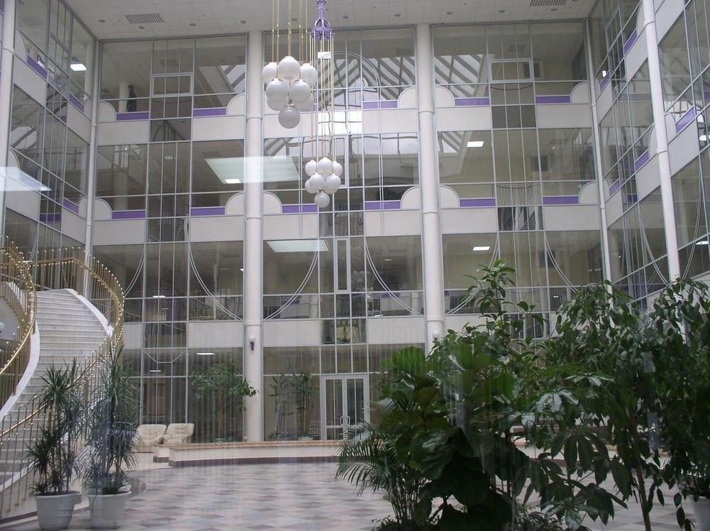 18 4 - Современный производитель готов предложить изготовление стекла и зеркал на достойном уровне