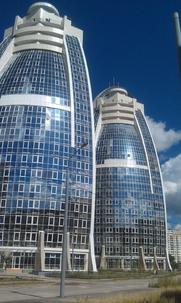 8 4 - В компании «Стеклотон» стеклянные лестницы цена которых отличается демократичностью, представлены в различных вариантах
